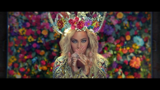 Coldplay feat. Beyoncé - Hymn For The Weekend (ft. Beyonce)